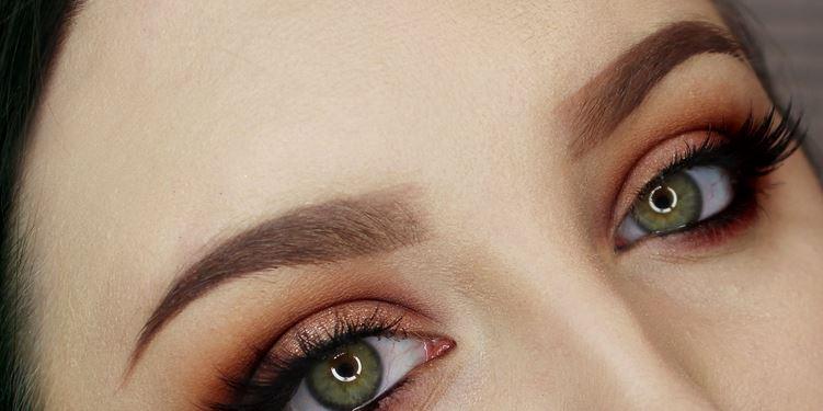 align eyebrow